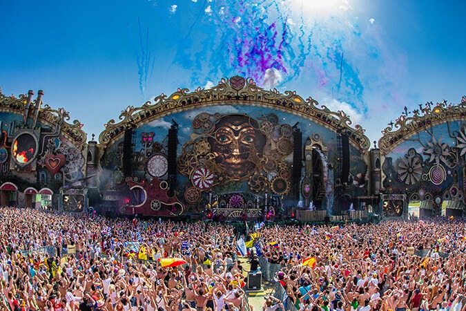 tomorrowland-2017-main-stage-finale