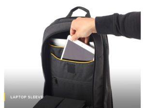 Laptop sleeve-Numi-backpack-smart-travel-solar-sun-organisation-technical-powerbank-multipurpose-water resistant-safe