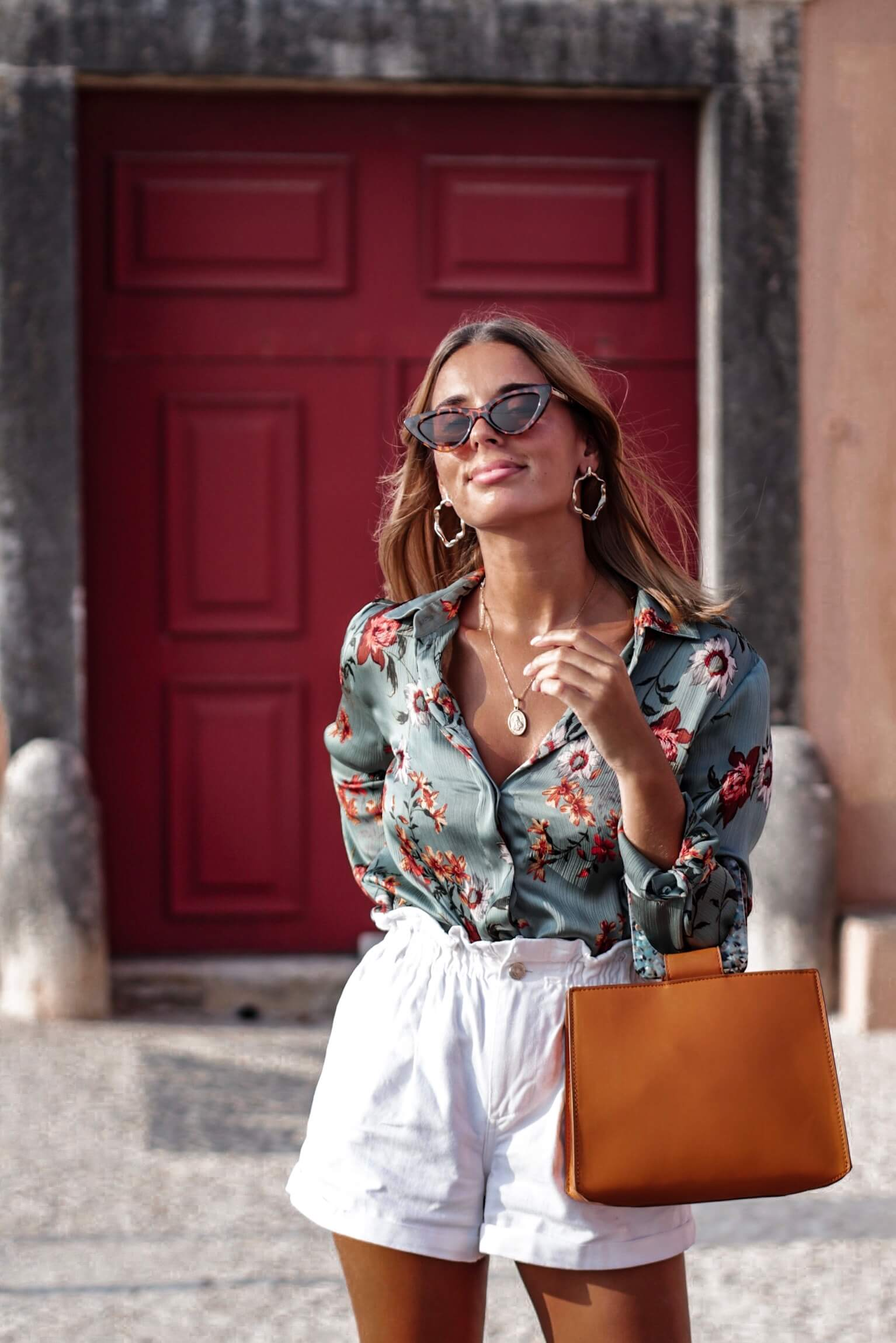 travel and fashion influencer