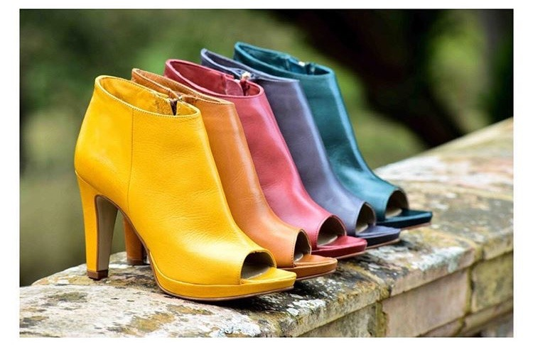 shoes in 88 colours